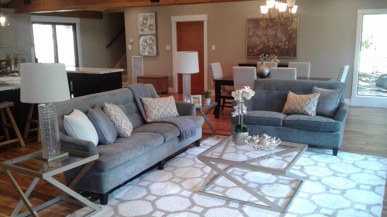Einfamilienhaus für Verkauf beim 6742 Pinehaven Road Oakland, Kalifornien 94611 Vereinigte Staaten