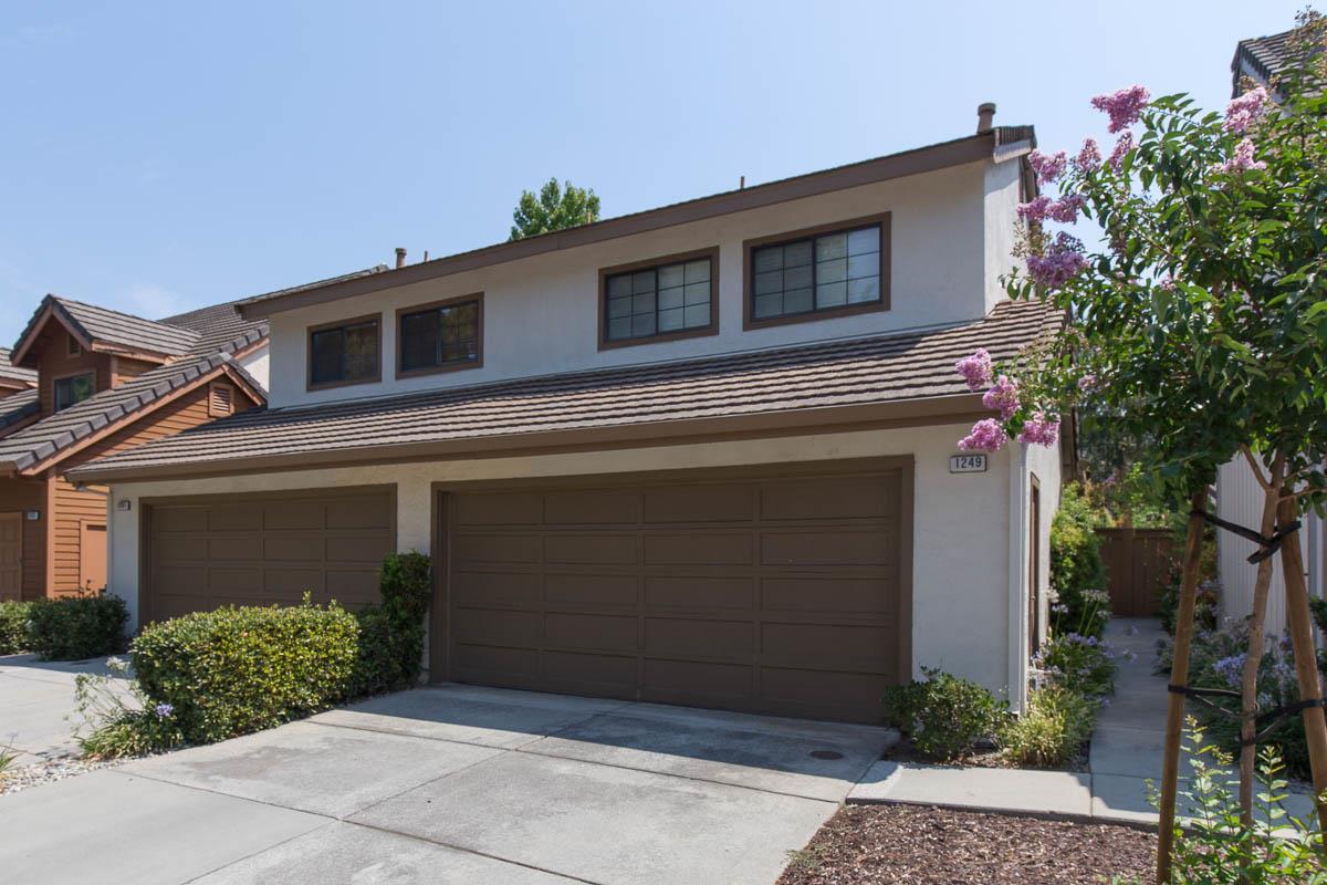 タウンハウス のために 売買 アット 1249 Weibel Way San Jose, カリフォルニア 95125 アメリカ合衆国