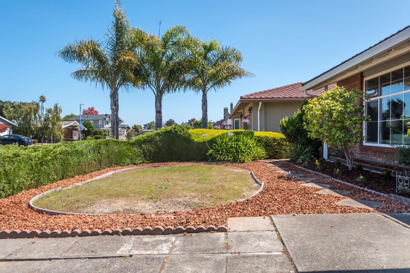 Additional photo for property listing at 990 Gull Avenue  Foster City, Californie 94404 États-Unis