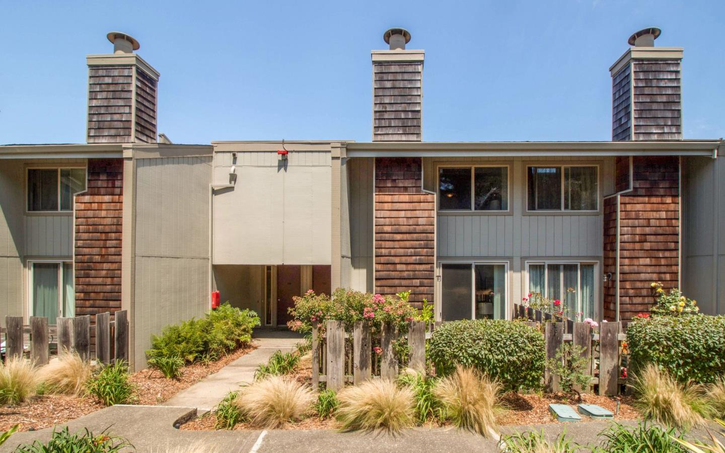 Additional photo for property listing at 326 Philip Drive  Daly City, Kalifornien 94015 Vereinigte Staaten