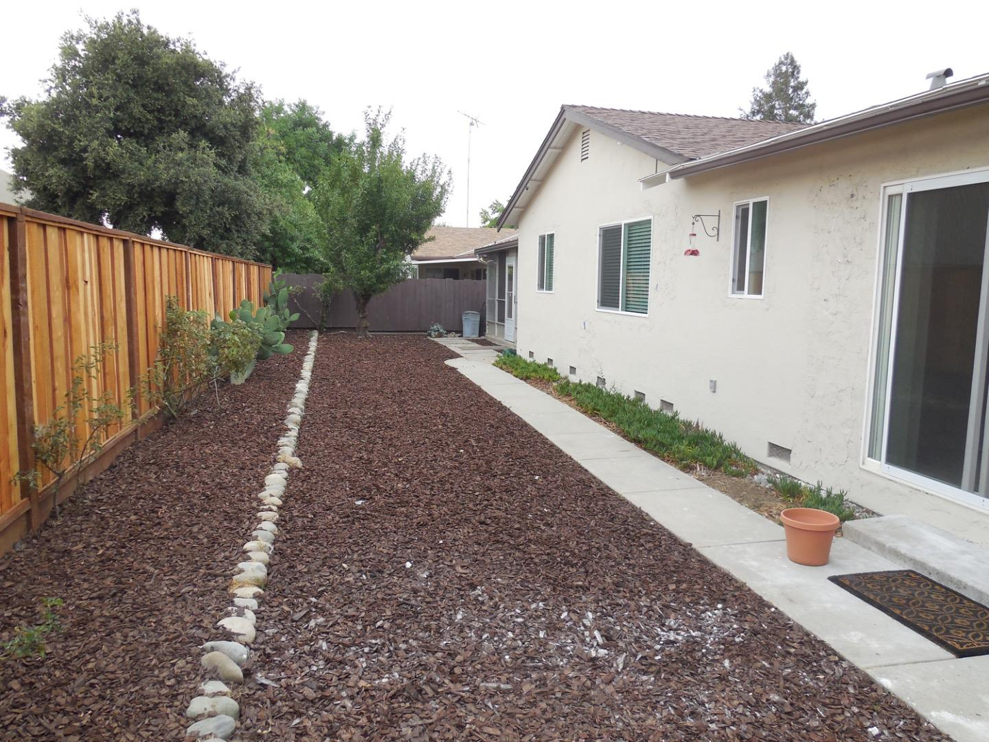 Additional photo for property listing at 4085 Ambler Way  San Jose, Californie 95111 États-Unis