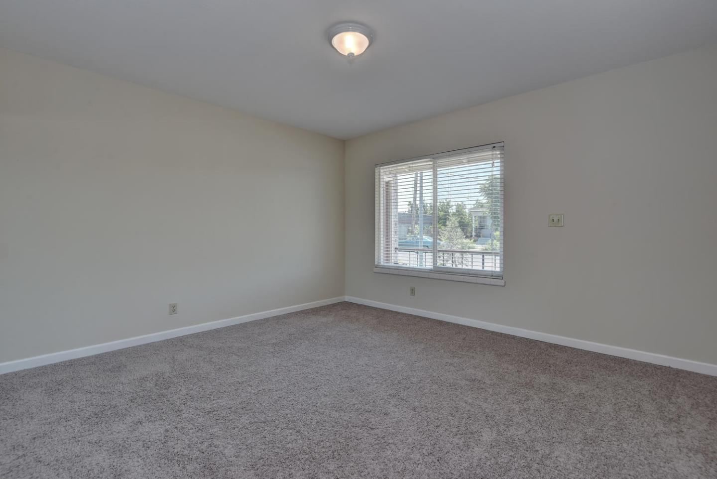 Additional photo for property listing at 1459 E San Fernando Street  San Jose, カリフォルニア 95116 アメリカ合衆国