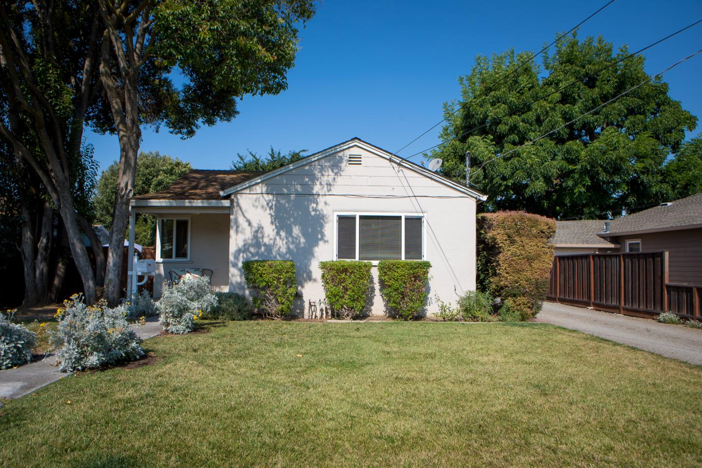 Additional photo for property listing at 1141 Empey Way  San Jose, California 95128 United States