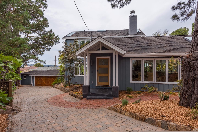 Casa Unifamiliar por un Venta en 1942 Bayview Avenue Belmont, California 94002 Estados Unidos