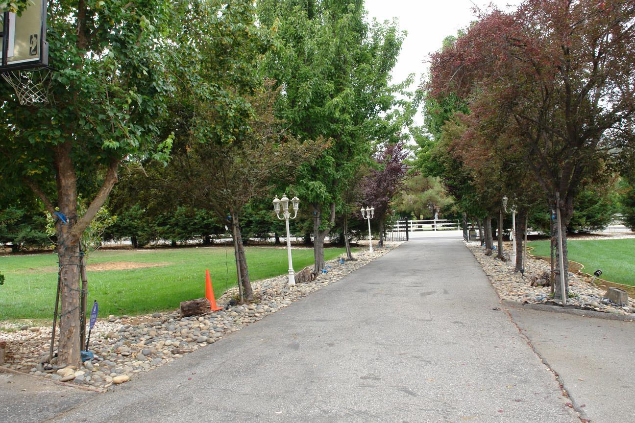 13330 Watsonville Road, MORGAN HILL, CA 95037