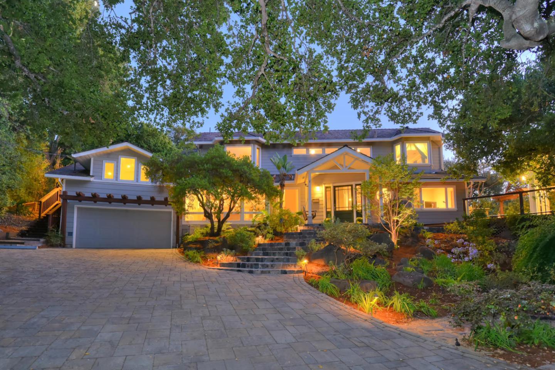 455 Aspen Way, LOS ALTOS, CA 94024