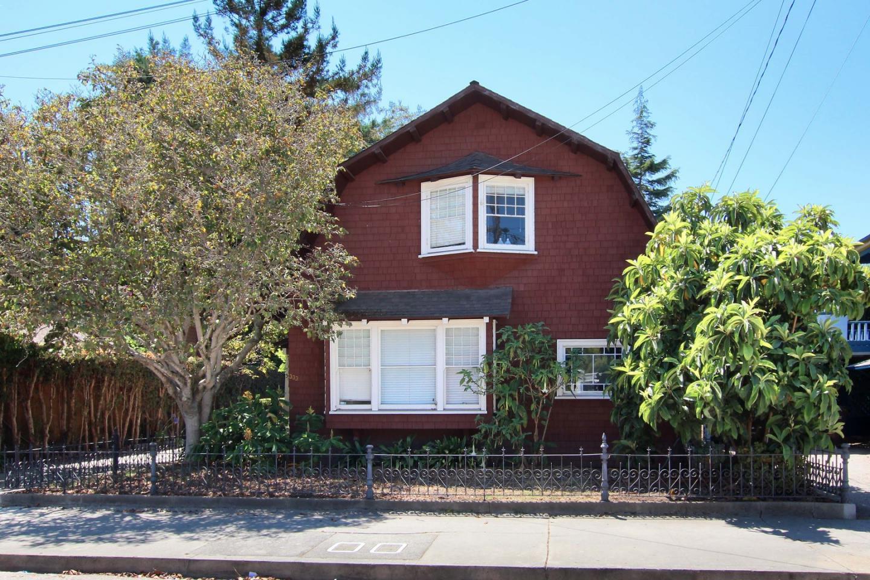 多戶家庭房屋 為 出售 在 331 & 333 Main Street 331 & 333 Main Street Santa Cruz, 加利福尼亞州 95060 美國