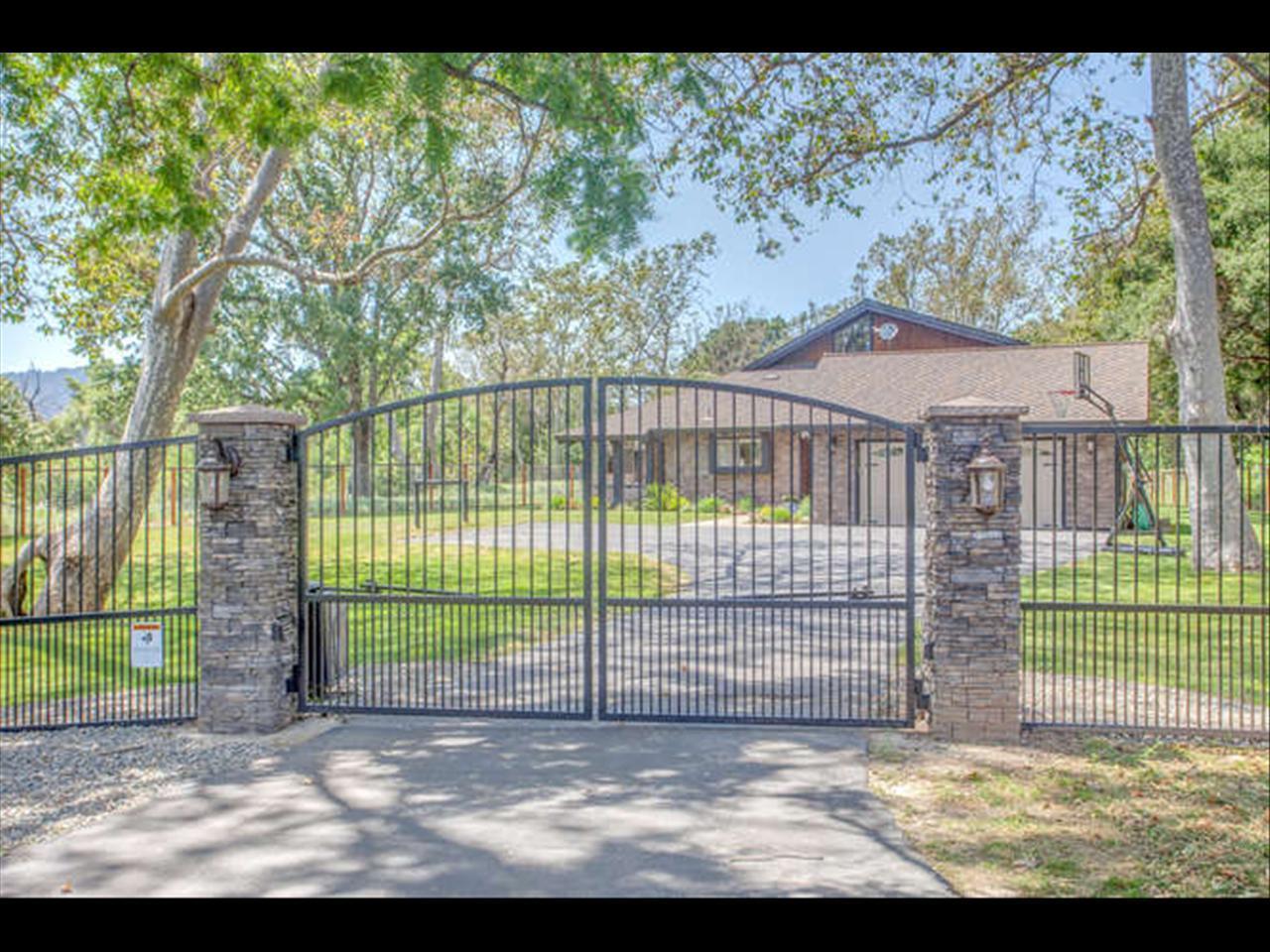 8555 Burchell Road, GILROY, CA 95020