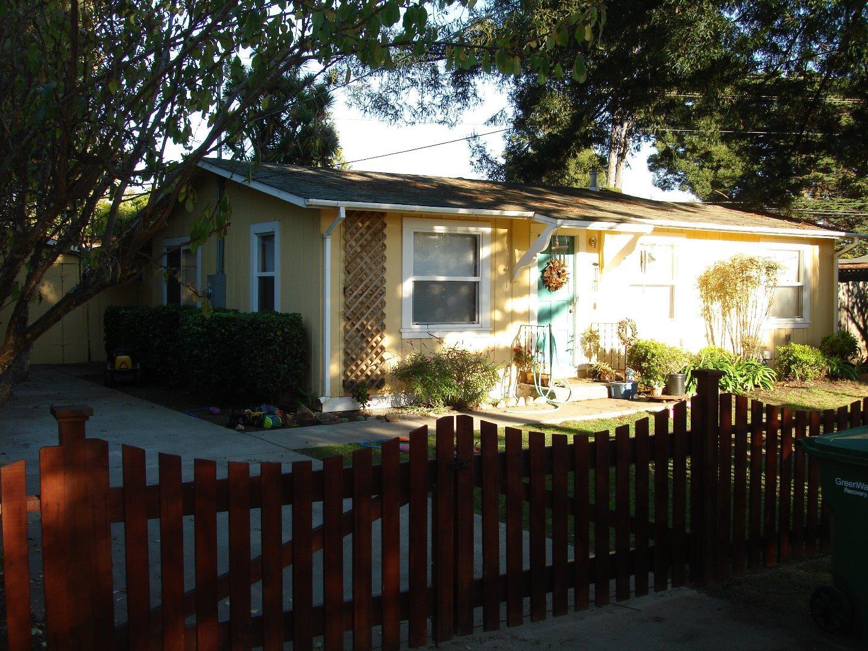 Casa Unifamiliar por un Alquiler en 508 Spruce Street Aptos, California 95003 Estados Unidos
