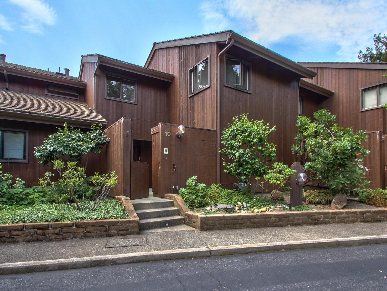 Appartement en copropriété pour l Vente à 7026 Valley Greens Circle 7026 Valley Greens Circle Carmel, Californie 93923 États-Unis