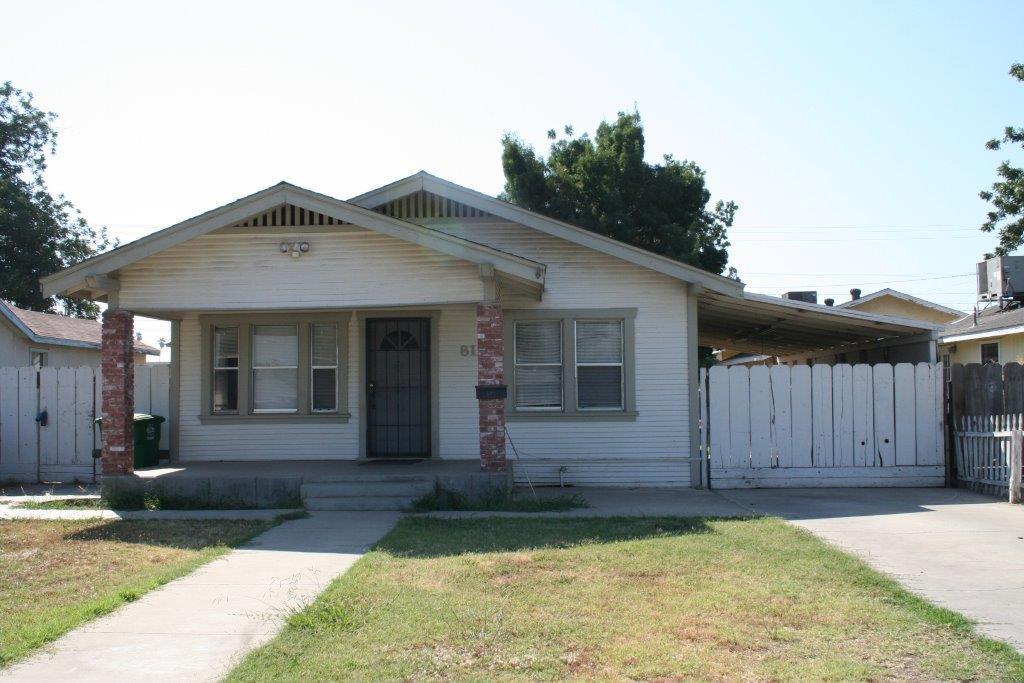 Casa Unifamiliar por un Venta en 813 Lake Avenue Chowchilla, California 93610 Estados Unidos