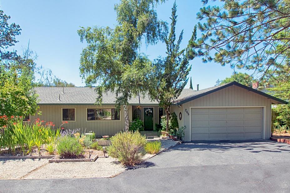 Casa Unifamiliar por un Venta en 245 Eleana Drive 245 Eleana Drive Ben Lomond, California 95005 Estados Unidos
