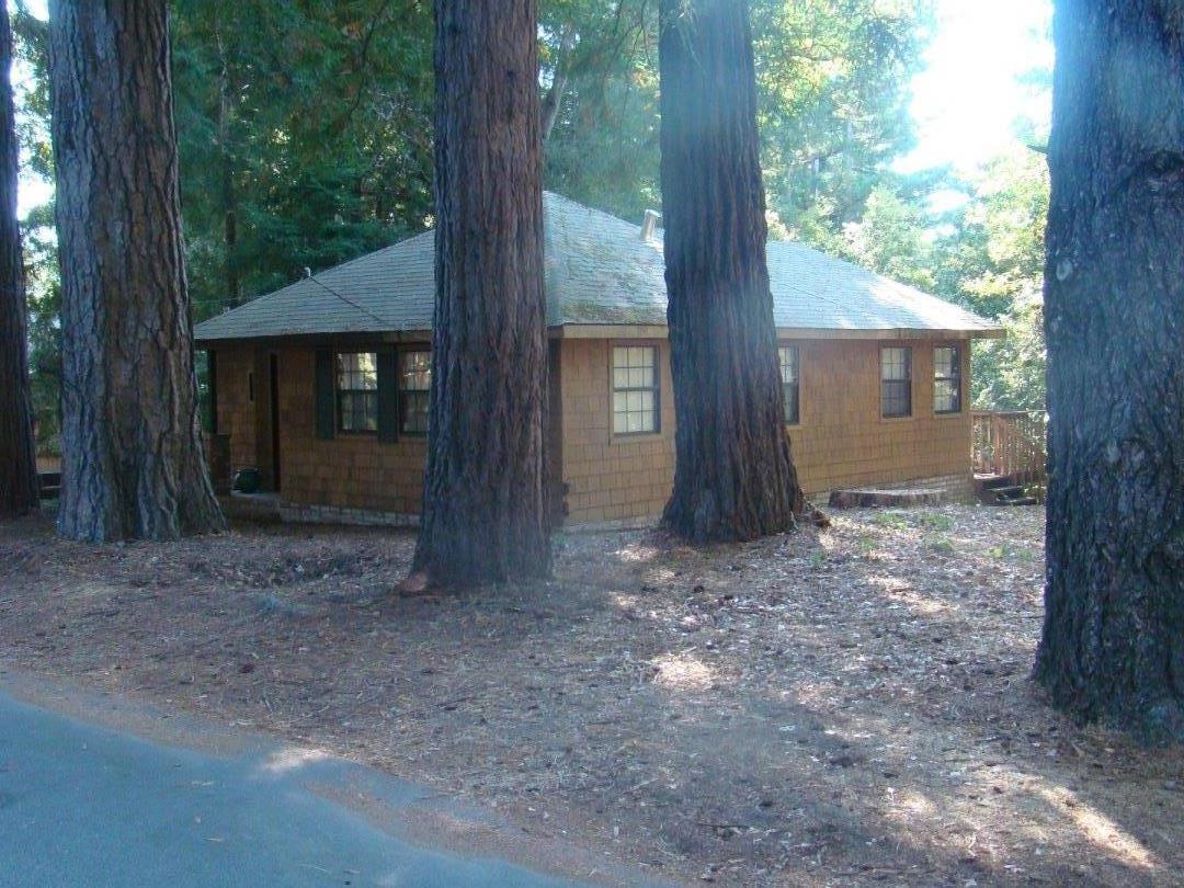 Casa Unifamiliar por un Venta en 72 Forest Road 72 Forest Road Mount Hermon, California 95041 Estados Unidos