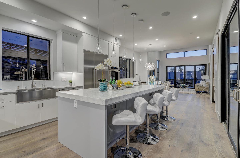 Additional photo for property listing at 903 Loyola Drive  Los Altos, California 94024 Estados Unidos
