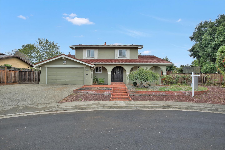 Casa Unifamiliar por un Venta en 5350 Stirling Court 5350 Stirling Court Newark, California 94560 Estados Unidos