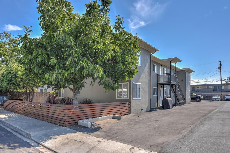 Maison avec plusieurs logements pour l Vente à 490 California Street 490 California Street Santa Clara, Californie 95050 États-Unis