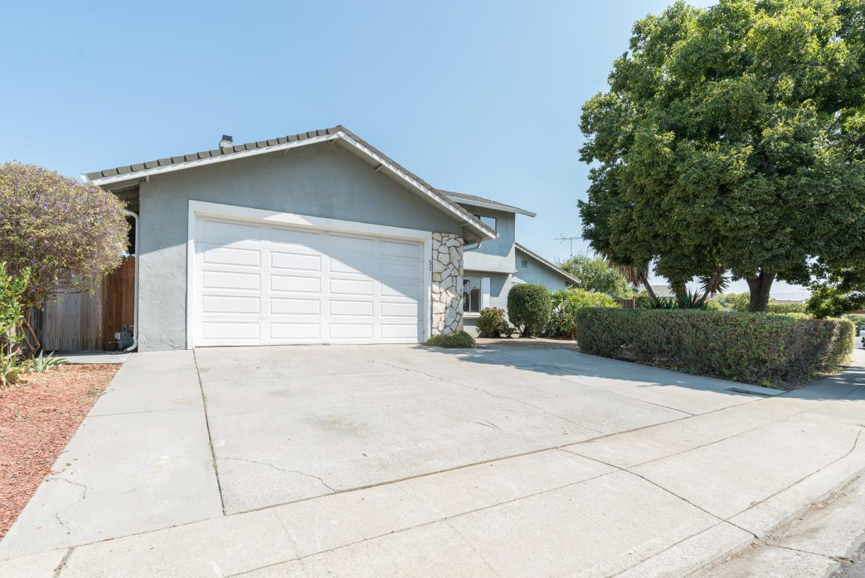 Частный односемейный дом для того Продажа на 51 Greentree Way 51 Greentree Way Milpitas, Калифорния 95035 Соединенные Штаты