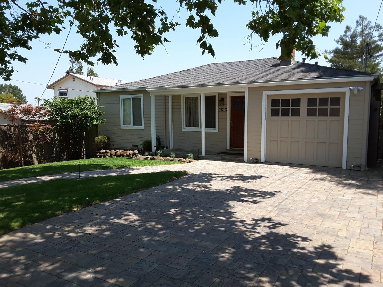 Частный односемейный дом для того Аренда на 2613 Read Avenue Belmont, Калифорния 94002 Соединенные Штаты