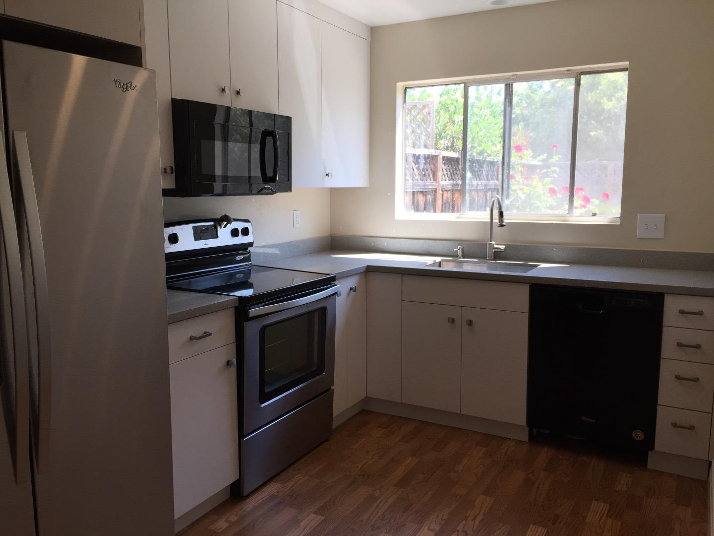 Townhouse for Rent at 1486 Falcon Court Sunnyvale, California 94087 United States