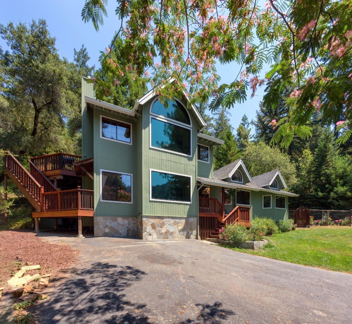 Casa Unifamiliar por un Venta en 175 Lucilles Court Boulder Creek, California 95006 Estados Unidos