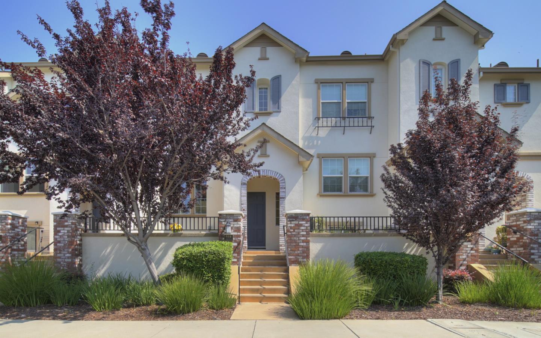 558 Molucca Terrace, SUNNYVALE, CA 94089