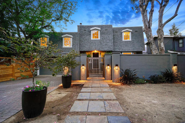 Maison unifamiliale pour l Vente à 1750 Stockbridge Avenue Redwood City, Californie 94061 États-Unis