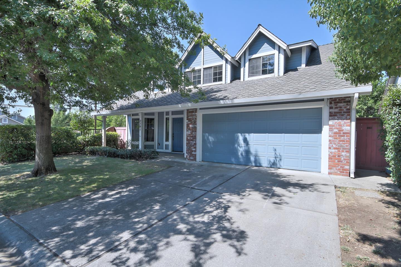 Частный односемейный дом для того Продажа на 2501 Winsford Lane 2501 Winsford Lane Carmichael, Калифорния 95608 Соединенные Штаты
