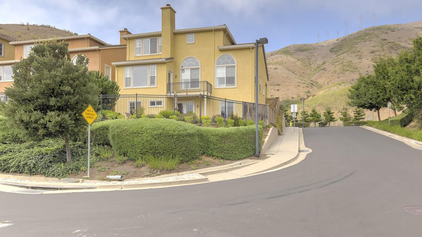 21 Pinnacle Street, SOUTH SAN FRANCISCO, CA 94080