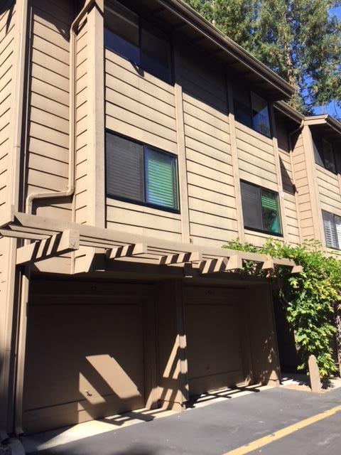 Condominio por un Alquiler en 938 Clark Avenue Mountain View, California 94040 Estados Unidos