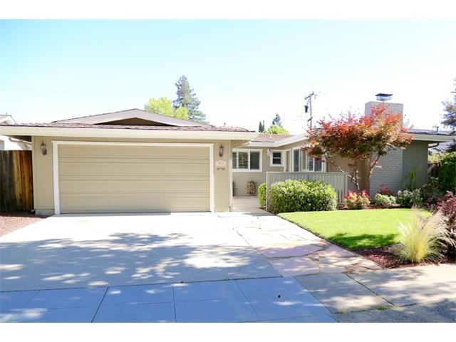 Частный односемейный дом для того Аренда на 927 Primrose Avenue Sunnyvale, Калифорния 94086 Соединенные Штаты