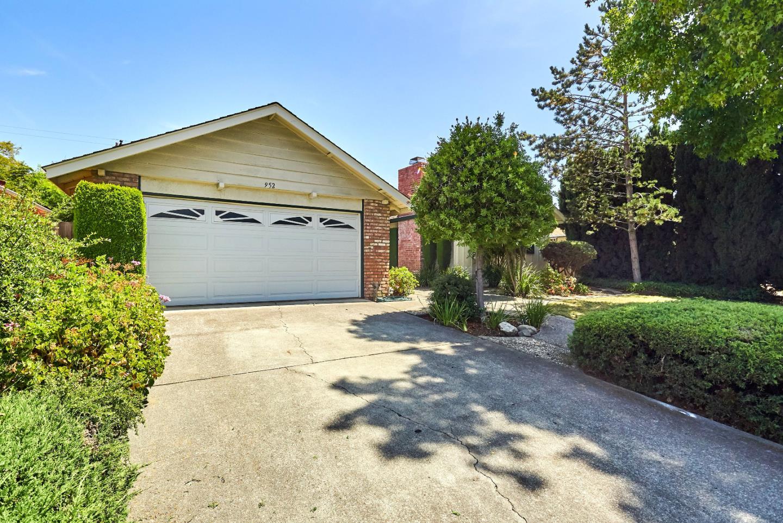 952 Poplar Avenue, SUNNYVALE, CA 94086