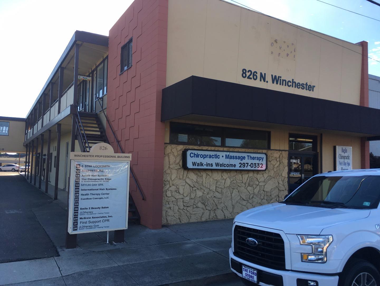 Коммерческий для того Продажа на 826 N Winchester Boulevard San Jose, Калифорния 95128 Соединенные Штаты