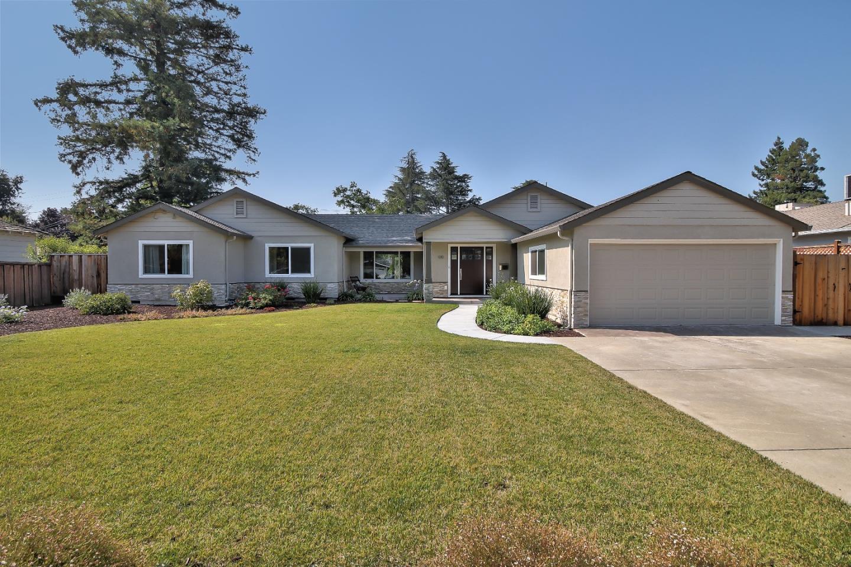 Einfamilienhaus für Verkauf beim 100 El Caminito Avenue Campbell, Kalifornien 95008 Vereinigte Staaten