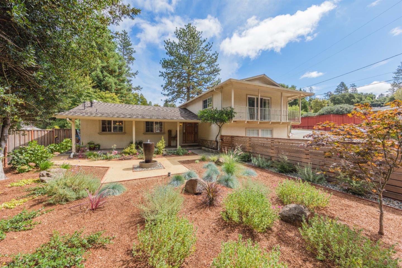 واحد منزل الأسرة للـ Sale في 125 Archer Way Ben Lomond, California 95005 United States