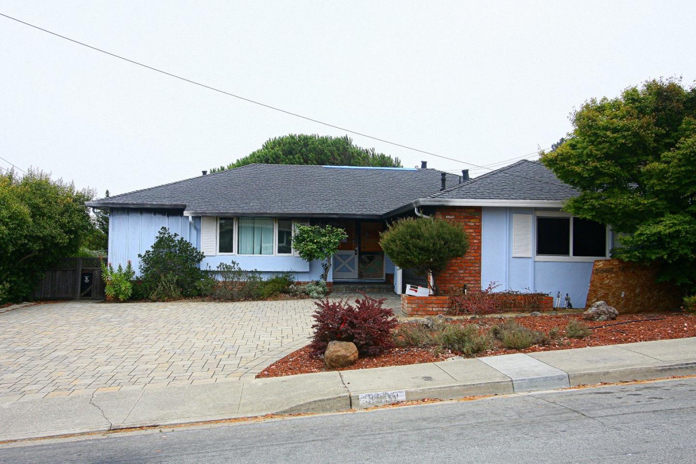 3900 Christian Drive, BELMONT, CA 94002