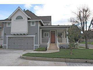 Maison unifamiliale pour l Vente à 1123 Boranda Avenue 1123 Boranda Avenue Mountain View, Californie 94040 États-Unis