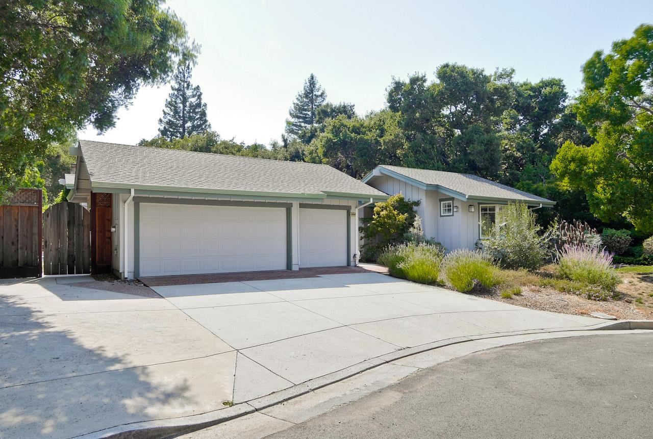 22647 Oakcrest Court, CUPERTINO, CA 95014