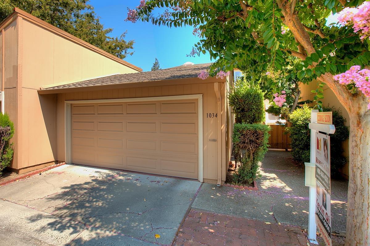 Таунхаус для того Продажа на 1034 Whitebick Drive San Jose, Калифорния 95129 Соединенные Штаты