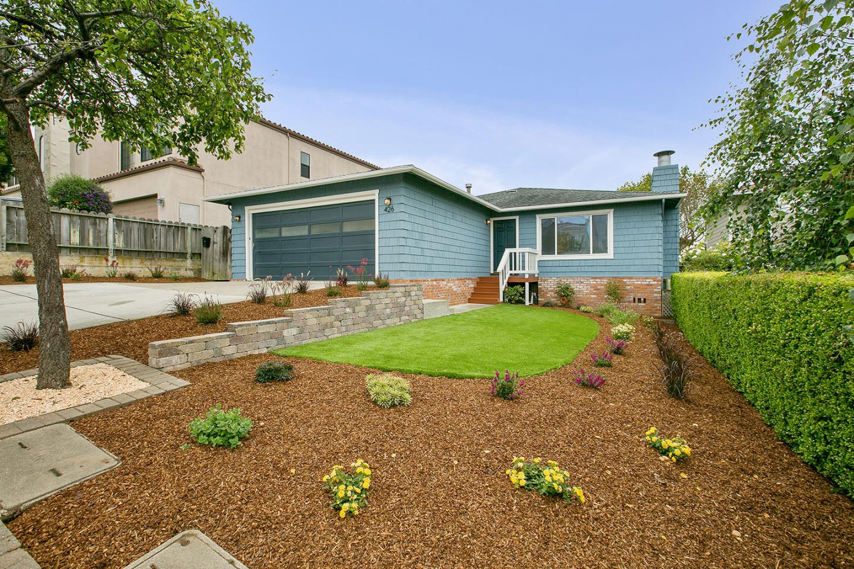 Частный односемейный дом для того Продажа на 426 B Street Colma, Калифорния 94014 Соединенные Штаты
