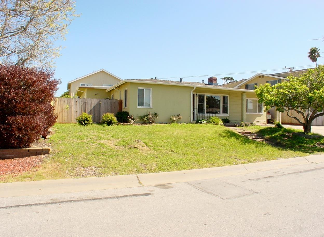 10 Melway Circle, MONTEREY, CA 93940