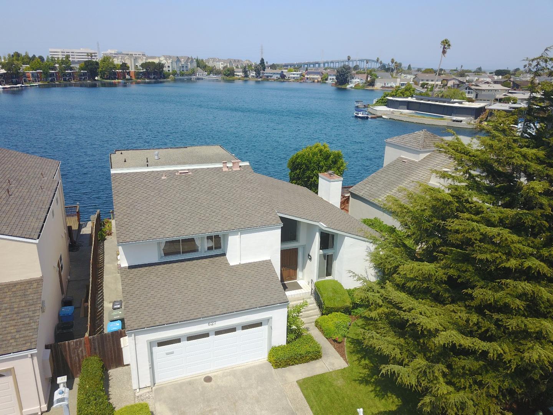 واحد منزل الأسرة للـ Sale في 627 Matsonia Drive Foster City, California 94404 United States