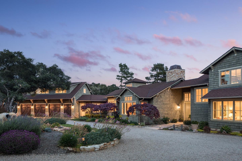 Maison unifamiliale pour l Vente à 7635 Mills Road Monterey, Californie 93940 États-Unis
