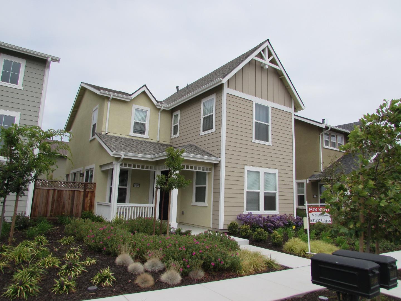 Casa Unifamiliar por un Alquiler en 15169 Brekenridge Street Marina, California 93933 Estados Unidos