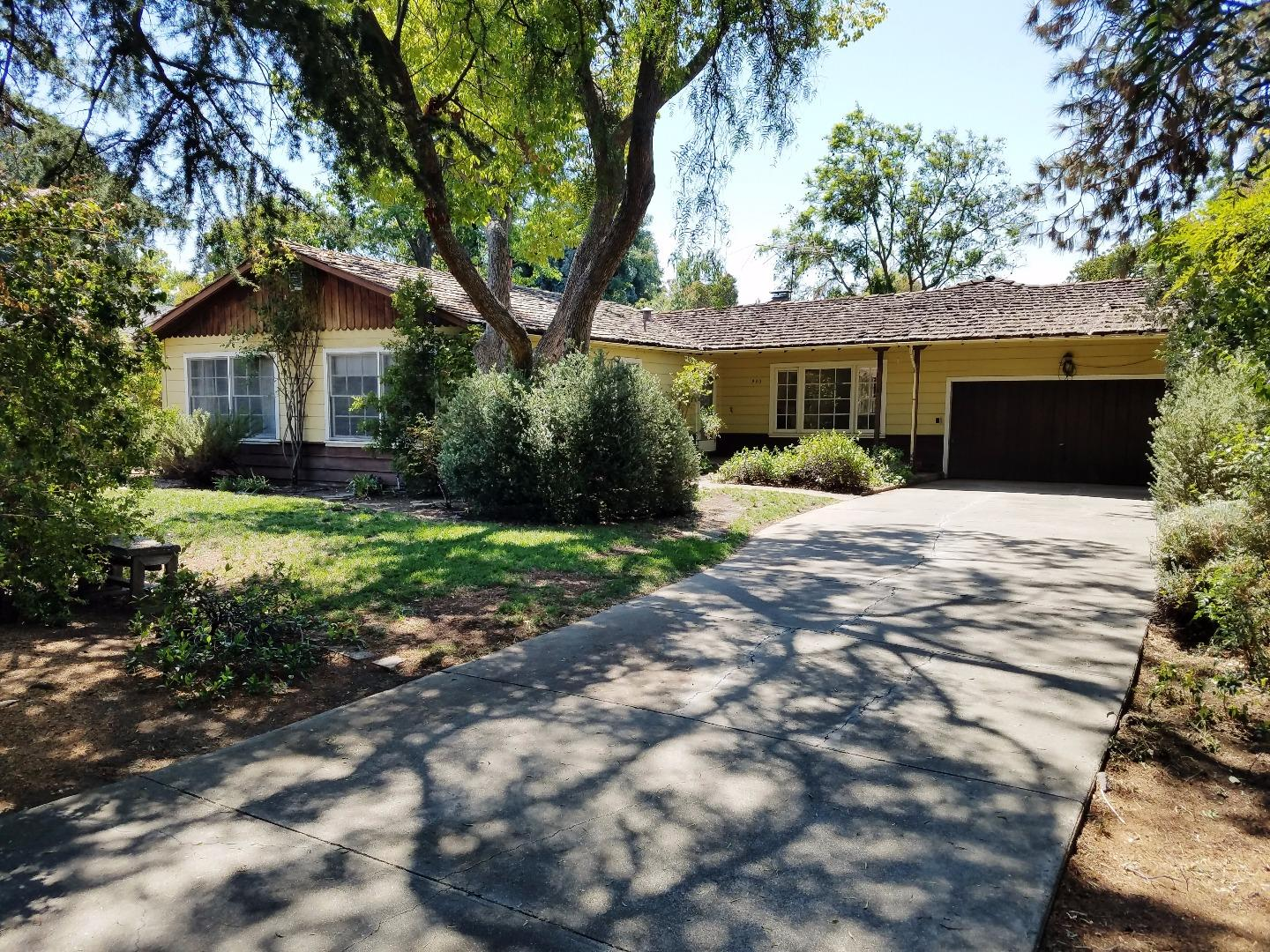 930 Leonello Avenue, LOS ALTOS, CA 94024