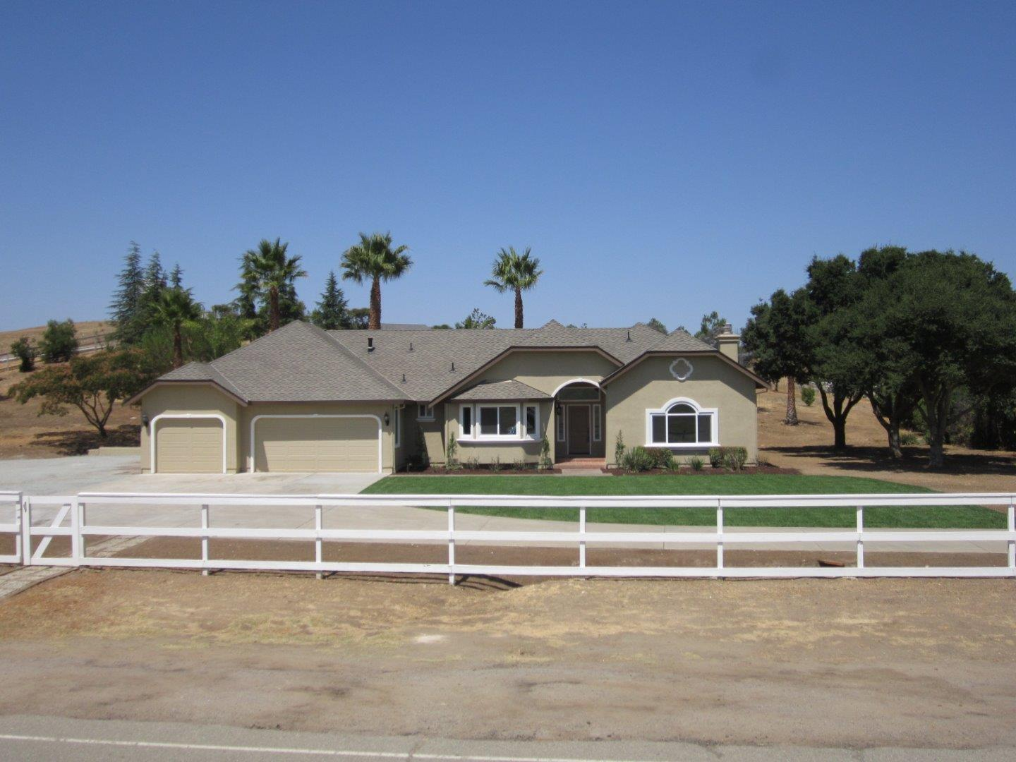 Single Family Home for Sale at 335 Quien Sabe Road Tres Pinos, California 95075 United States