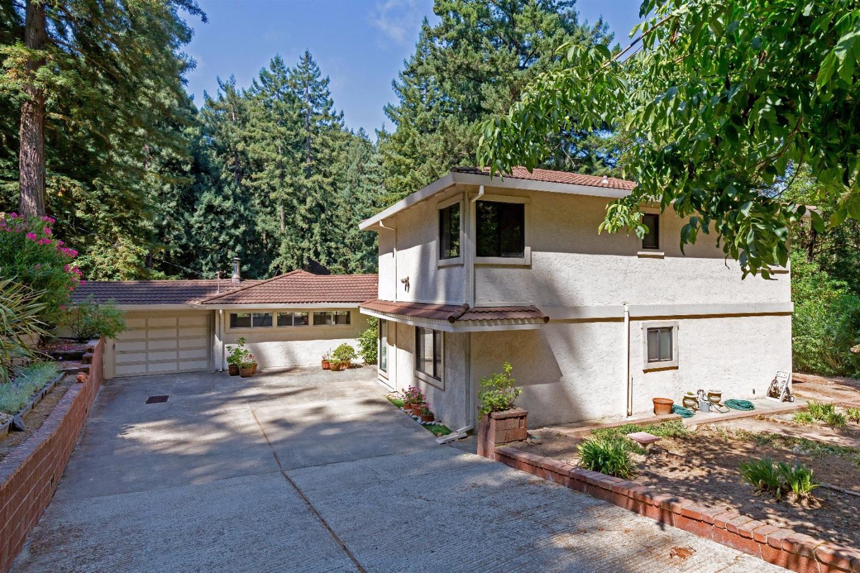 17295 Melody Lane, LOS GATOS, CA 95033