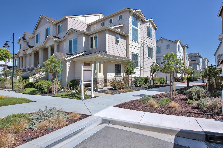 18528 Garnet Lane, MORGAN HILL, CA 95037