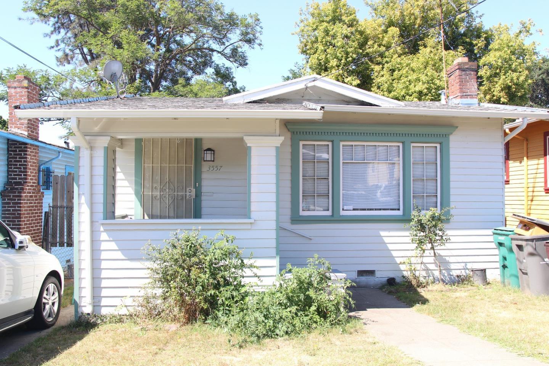 3557 Lyon Avenue, OAKLAND, CA 94601