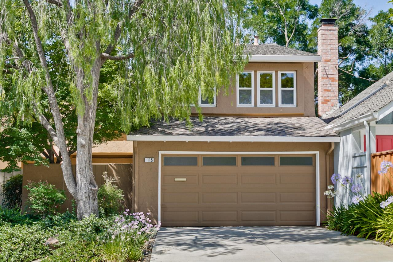 Таунхаус для того Аренда на 115 Cherry Wood Court Los Gatos, Калифорния 95032 Соединенные Штаты