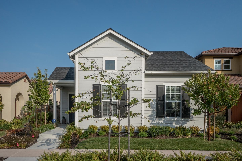 Casa Unifamiliar por un Venta en 18019 McDowell Street 18019 McDowell Street Marina, California 93933 Estados Unidos
